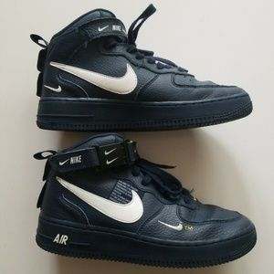 Nike Shoes - Air Force 1 Mid LV8 (GS)